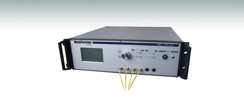 Erbium Doped Fiber Link Amplifier