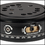 Locking and Fine Adjustment Control Screws for B4CRP rotation