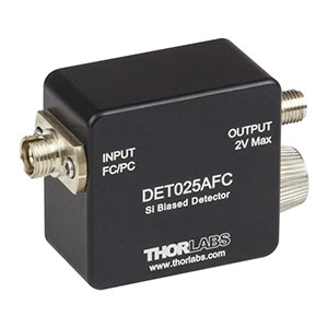 DET025AFC - 2 GHz Si FC/PC-Coupled Photodetector, 400 - 1100 nm, 8-32 Tap