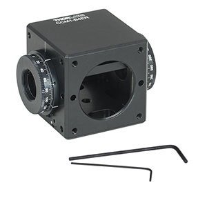 CCM1-B4ER - Clamping 4-Port Prism/Mirror 30 mm Cage Cube, 2 Rotation Mounts @ 180°, 8-32 Tap